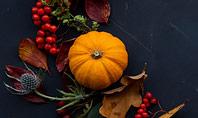 Thanksgiving Day Decorations Presentation Presentation Template